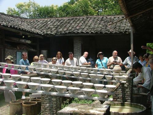 景德镇陶瓷文化特色旅游(资料图)